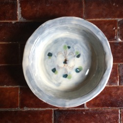 bowl with fleur and green